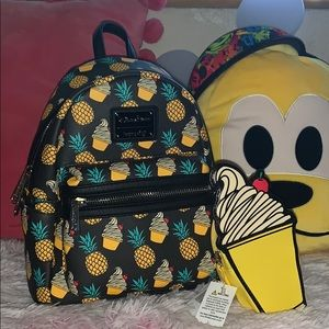 Loungefly Dole Whip Backpack w/ small pouch🍍